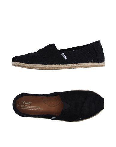 TOMS Espadrilles. #toms #shoes #espadrilles