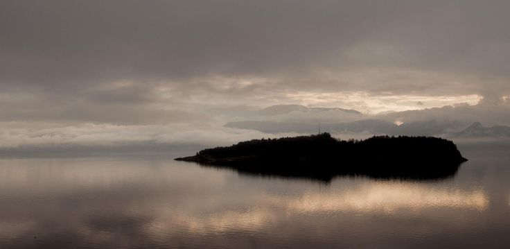 Hardangerfjorden silhouette by Lidia, Leszek Derda on 500px