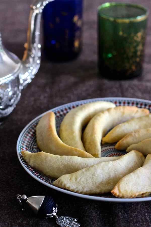 cornes-de-gacelas- receta marroqui