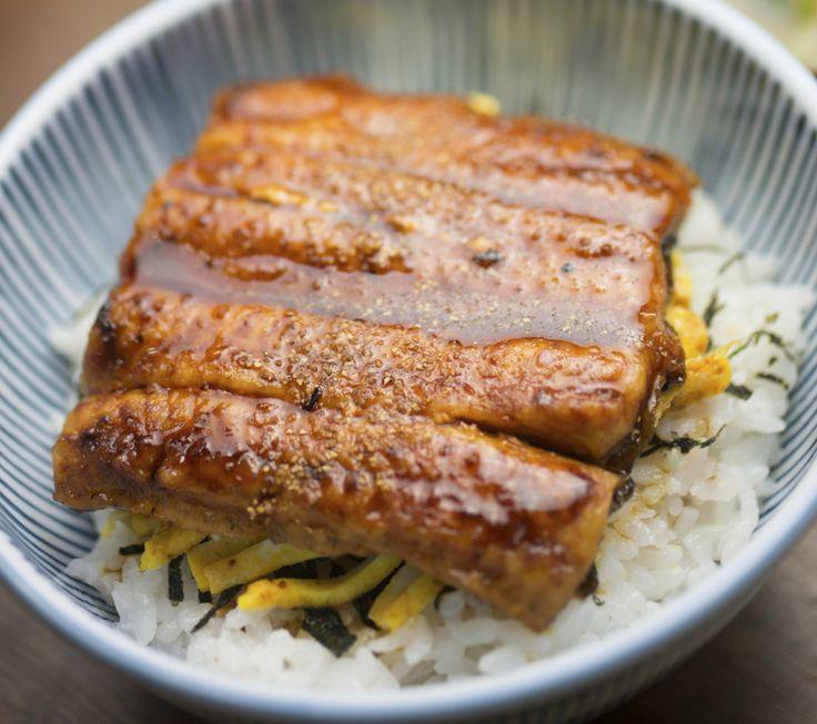 Nobu is misschien wel één van de bekendste restaurants ter wereld. Het heeft inmiddels tientallenvestigingen – waaronder in L.A., New York City en Londen – en staat bij menig foodie op debucket list. Hun signature dish? De gegrilde black cod met misomarinade. Hoeweleen marinade op basis van alcohol en mirin al eeuwenlang bekend is in …