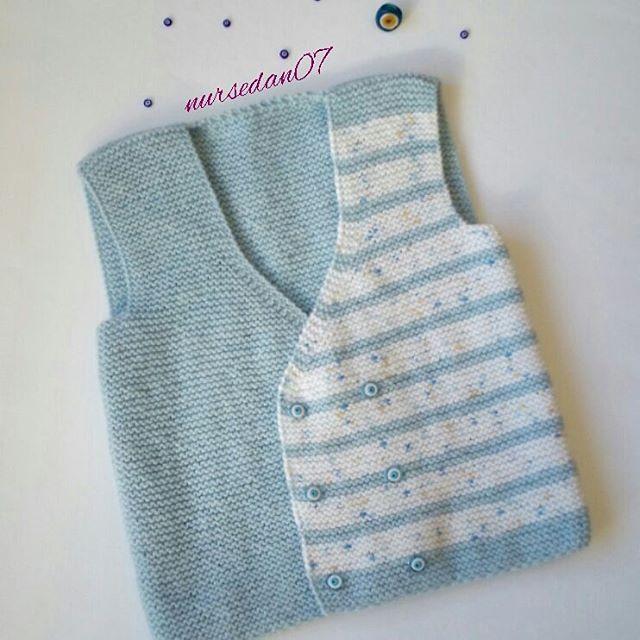 Mutlu sağlıklı haftalar arkadaşlar 💐 Sevgili @sibelbym nin #widn davetine griple boğuşurken😷😷 bitirmeye çalıştığım yeleğimle katılıyorum 😊 Teşekkürler arkadaşım 😍😍😍 #kenditasarimim #knit #knitting #knittingart #knittinglove #knittingastherapy #knittingaddict #knitersofinstagram #babyvest #virka #bebekyelegi #crochet #gramorgu #handmade #handmadebyme #yarn #handknitting #handmadewithlove #örgügünüm #hanimelindenorgu #birlikteörelim #severekörüyorum #örgümüseviyorum #gulaylaoruyoruz…