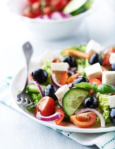 Grønnsaker Her finner du oppskrifter som inneholder en eller flere grønnsaker. Alt fra rene grønnsaksretter til oppskrifter som inneholder fisk, kjøtt eller andre ingredienser. Bruk menyen til høyre for å finne dine ønskede oppskrifter med grønnsaker.