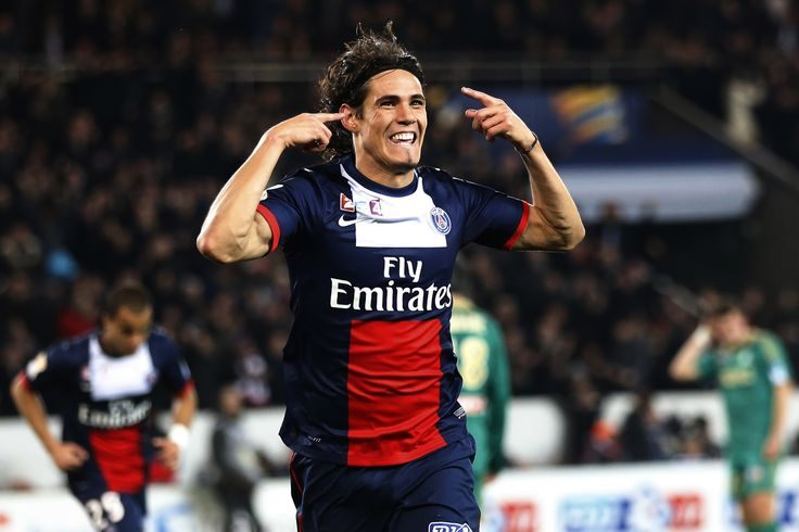 Transfer News: Manchester United closing in on Cavani deal - http://www.sportsrageous.com/sports/transfer-news-manchester-united-closing-in-on-cavani-deal/4959/