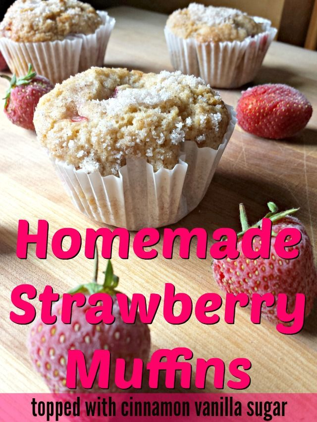 Homemade Strawberry Muffins: this easy recipe is ready in 30 minutes and uses fresh strawberries while being topped with a vanilla cinnamon sugar. Naturally dairy free, and a perfect complement to #QuakerRealMedleys for breakfast! (ad)