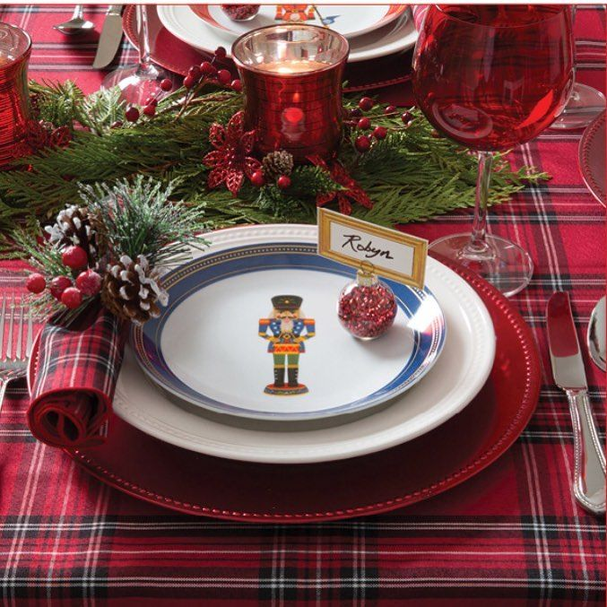 Merry and plaid table setting with a cute Nutcracker theme. Have a great Friday ... the weekend it here!  Photo credit to @kitchenstuffplusstuff   #plaid #merry #nutcracker #tablescape #tablesetting #tabledecor #tablerunner #placesetting #christmasdecor #followme