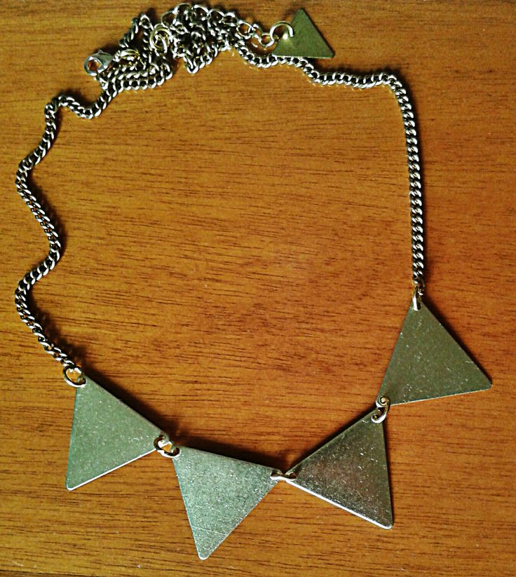 triangle obsession necklace  https://www.facebook.com/jewelrylycidas