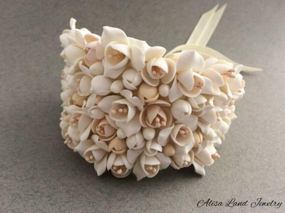 White flower bracelet for wedding jewelry Ivory floral