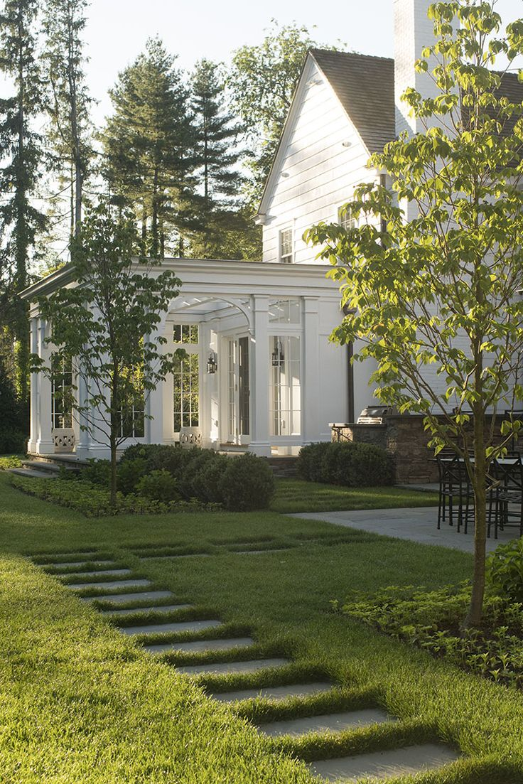 Backyard great room with path | Green Turf Irrigation | www.greenturf.com/services/