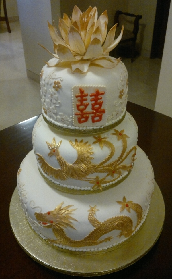 Dragon And Phoenix Cake. Probably One Of The Most Beautiful Wedding Cakes  Iu0027ve