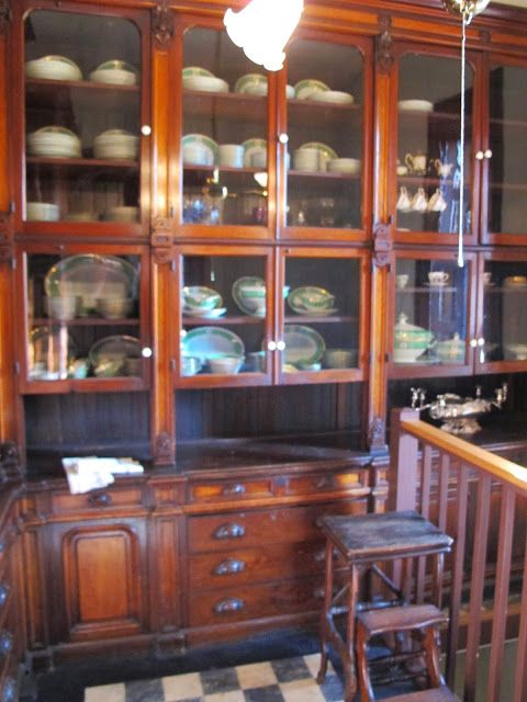 Butler's pantry / Preservation Triage in Providence..definitely need this to display my treasures!
