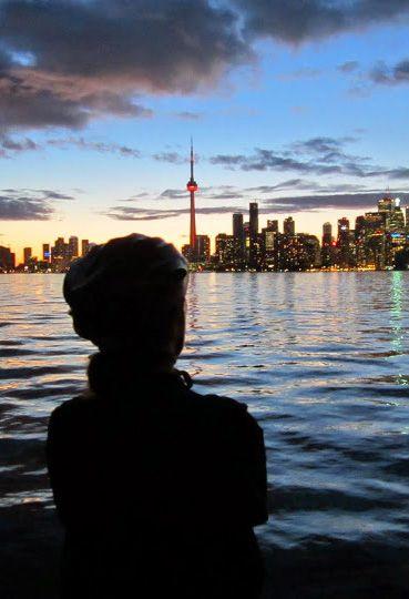 Toronto Island Twilight Tour http://torontobicycletours.com/scheduled-tours/island-twilight/