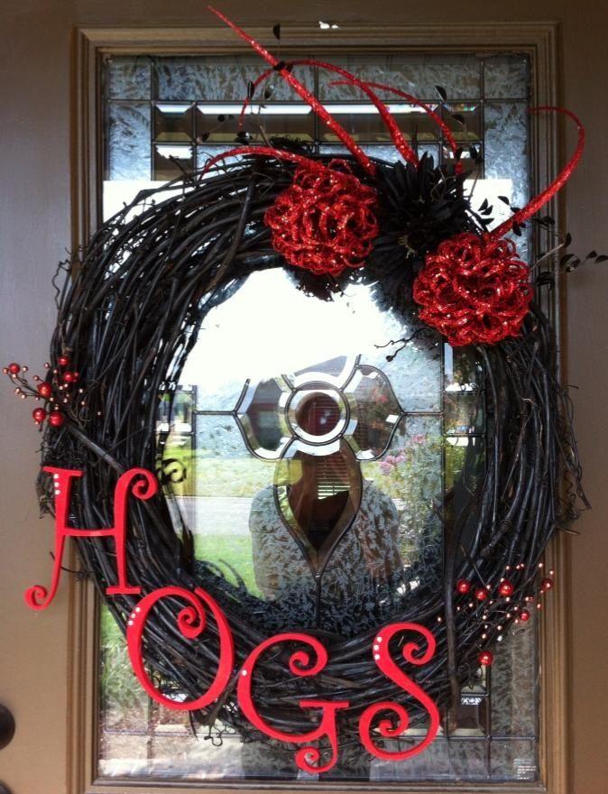 Razorback wreath, could do any football team