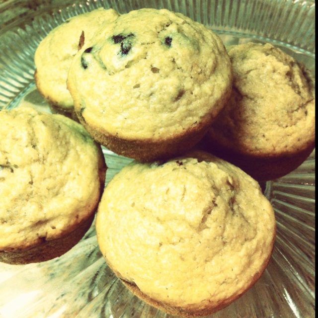 Lowfat Banana Chocolate Chip Walnut muffins, my recipe and delish!Lowfat Bananas, Chocolate Chips, Chips Walnut, Food Ideas, Yummy Food, Walnut Muffins, Bananas Chocolates Chips, Favorite Recipe