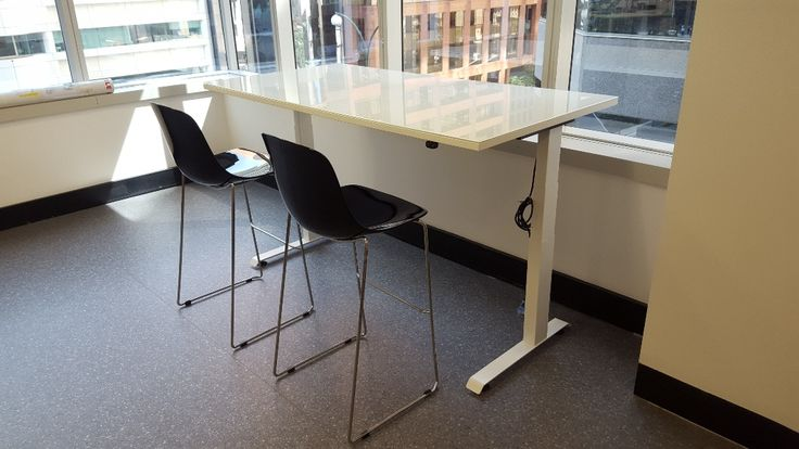 HI-LO height adjustable table (DuPont office fit-out by Burgtec)