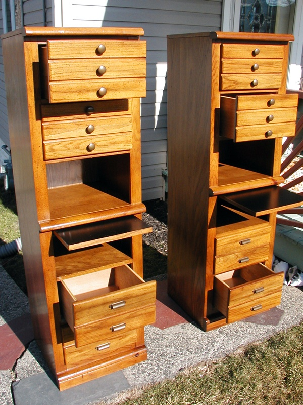 Pair Of Bassett Furniture Co Nightstand Dresser Bookshelf