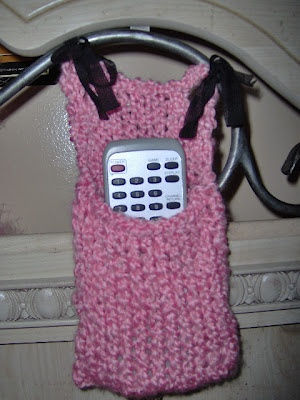 Knitting Pattern Remote Control Holder : Headboard remote control caddy Remote control Pinterest Headboards, Kni...