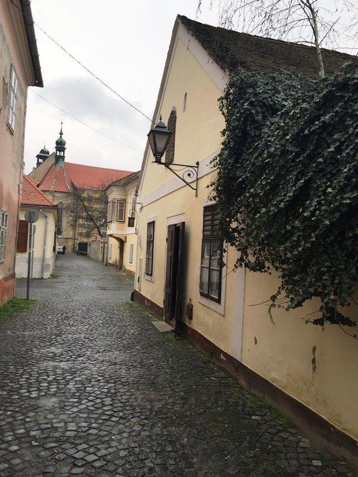 Jurisics Miklós városa mindenképp megér egy városlátogatást. Vagy többet is.