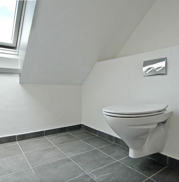 Smukt og enkelt med rene linjer – renovering af badeværelse i Esbjerg