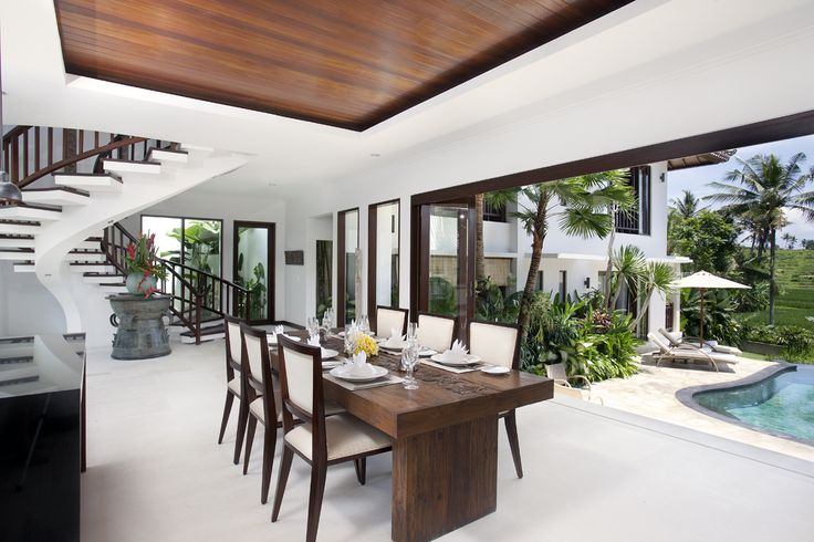 Canggu Terrace Bali- 3 bedroom villa dining area