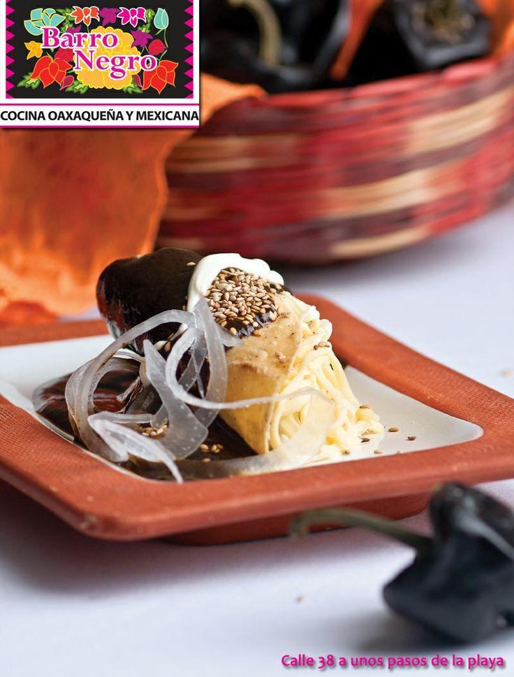 Ven a disfrutar de las delicias de la cocina Oxaqueña en el Restaurante Barro Negro en Playa del Carmen