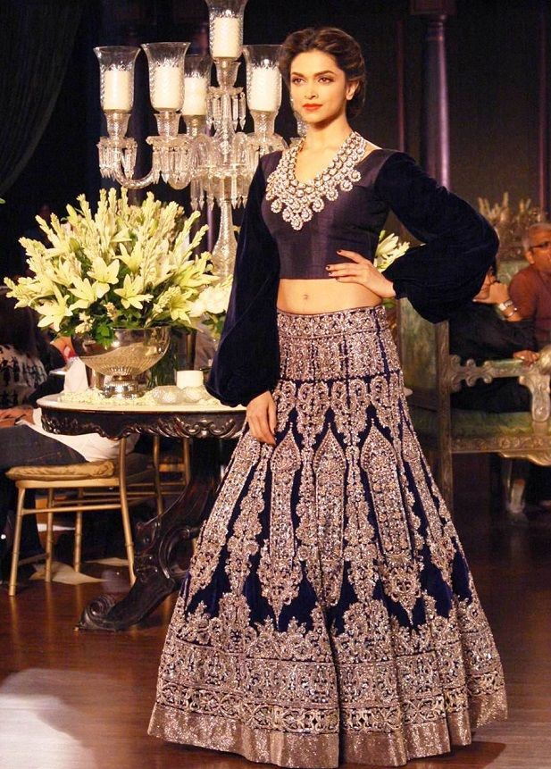 Deepika Padukone by Manish Malhotra- drop top black velvet lehenga