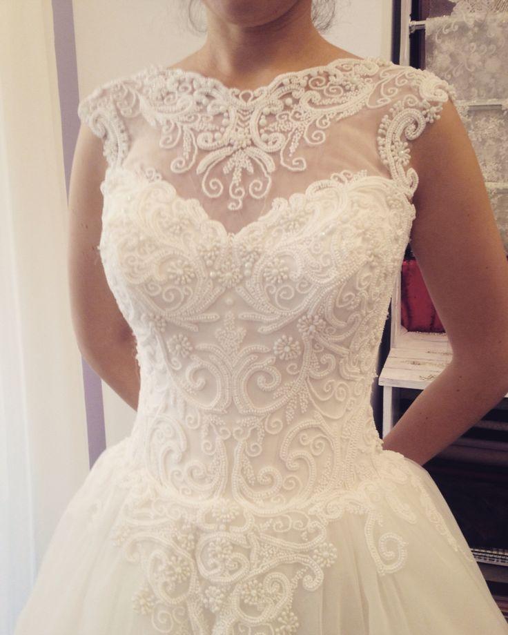 Beautiful bride... perfect dress ❤️ #bride #bridetobe #wedding #margoconcept #margo #ivory #lace #luxury #beads #beautiful #womaninlove #precious #inlove #inlovewithdress