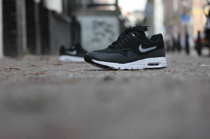 Nike Air Max 1 Ultra Moire Black Metallic