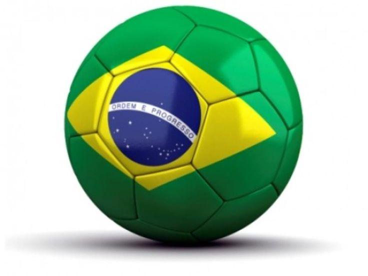 A Copa do Mundo 2014 - há menos de um ano  de sua realização .