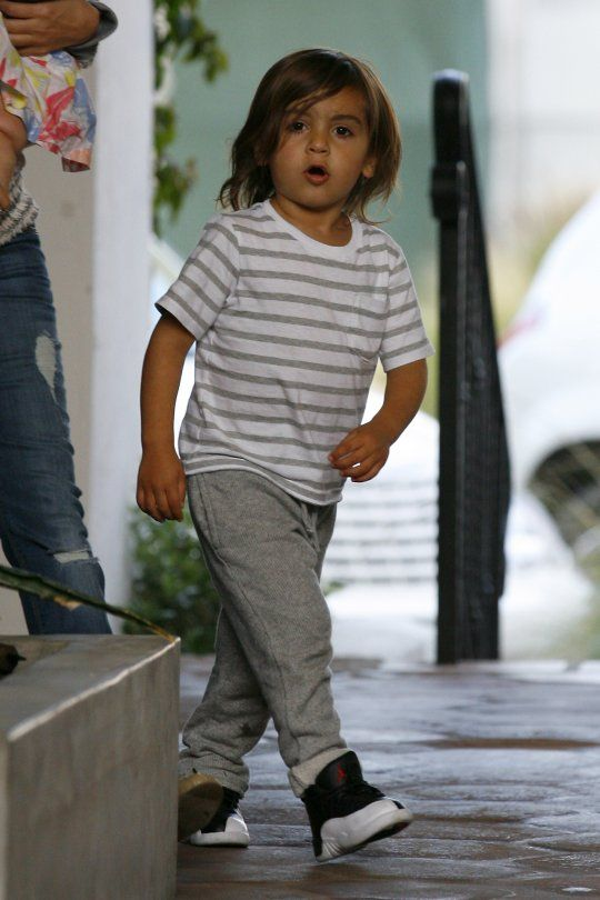 "Nosee Rosee: ""NO MORE"": Mason Disick Does Not Want His Pic Taken #celebkids #disick #kardashians"