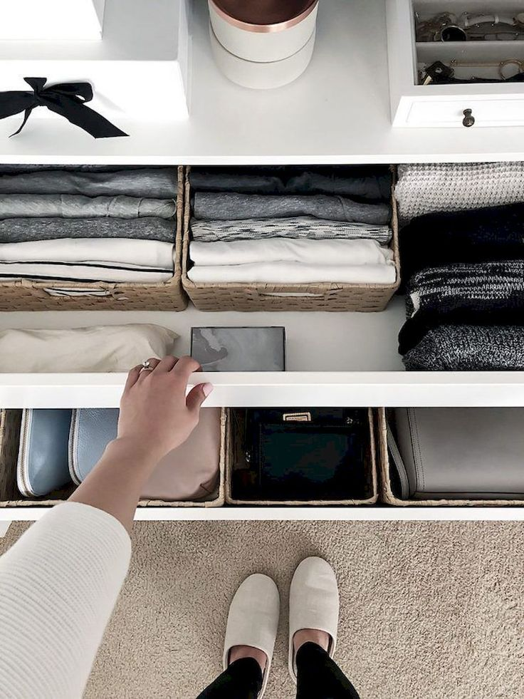 Simple Hack: Small Closet Organization Tricks As a…