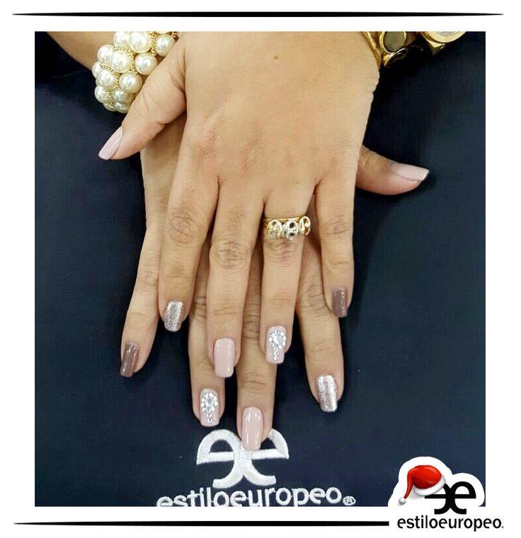 Arréglate tus uñas una vez por semana, ésta es una excelente manera de acabar con el hábito de mordértelas pues al vértelas cuidadas lo pensarás dos veces <3 Visítanos: Cll10 # 58-07 Santa Anita Citas: 3104444 #Belleza #Estilo #Look #Peluquería #Estética #SPA #Nails #Cali #CaliCo #Colombia