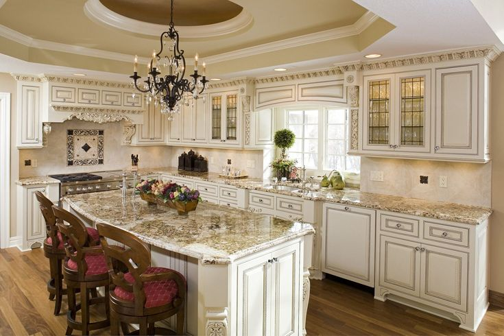 honey glazed cream cabinets - Google Search (With images ...