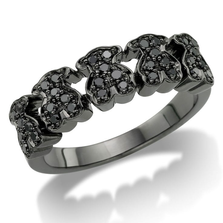 j'adore TOUS!!   18kt white gold TOUS Bear ring with black Diamonds.