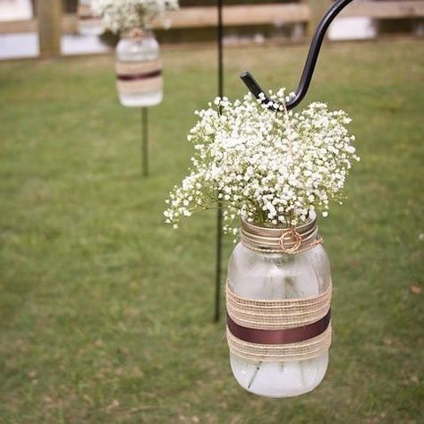 Fun fact: Baby's Breath is not only beautiful to look at, it's also one of the most affordable flowers you can use for your wedding!