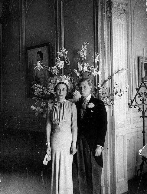 Edward became king when his father died in early 1936. He showed impatience with court protocol, and politicians were concerned by his apparent disregard for established constitutional conventions. Only months into his reign, he caused aconstitutional crisisby proposing marriage to the American socialiteWallis Simpson, who had divorced her first husband and was seeking a divorce from her second.