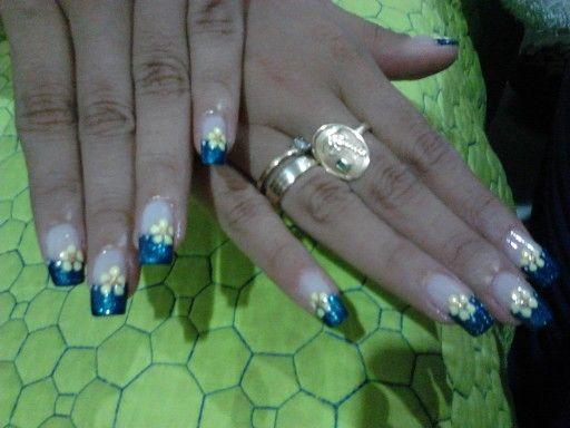 Azul y flores