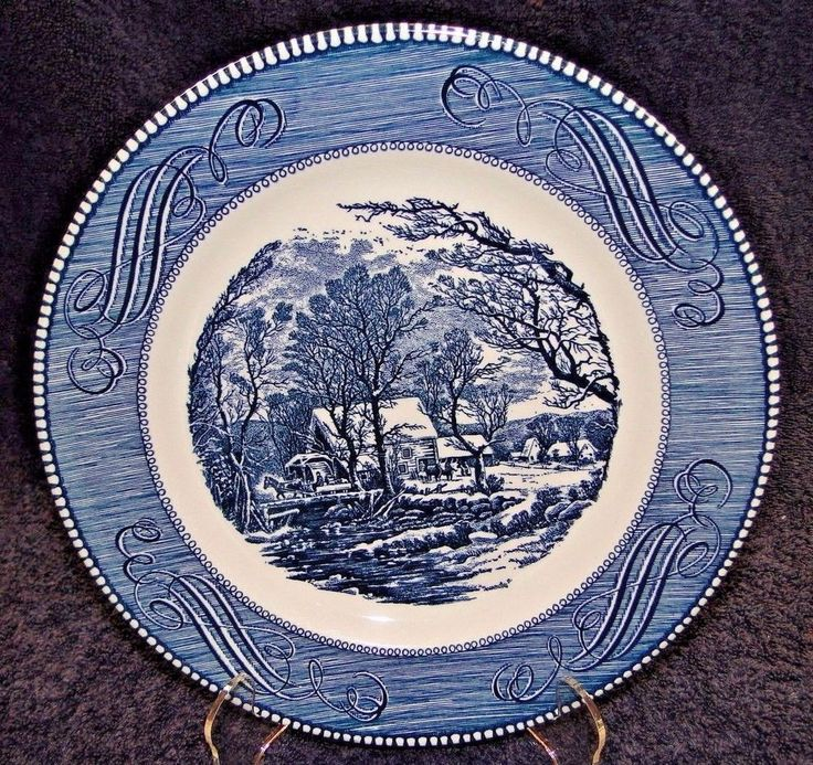 """Currier Ives Royal China Old Grist Mill Dinner Plate 10"""" EXCELLENT  