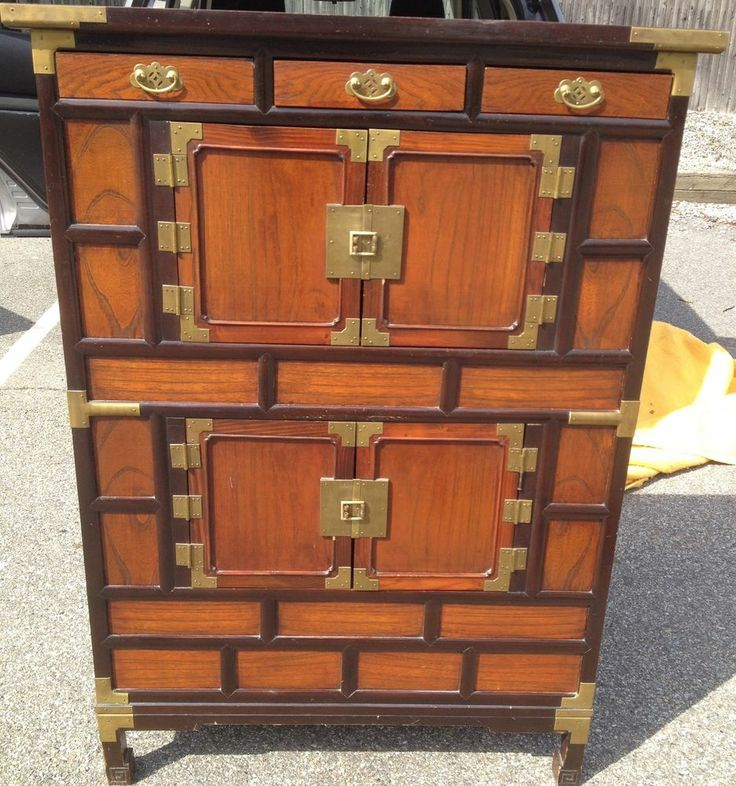 BEAUTIFUL HIGH QUALITY ORIGINAL CHINESE HAND MADE CABINET W/ BRASS HARDWARE