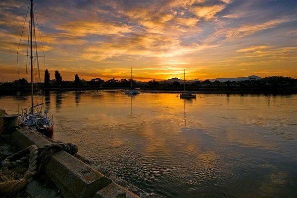 Gorgeous Leven River sunset, photo by Carol Haberle, article for think-tasmania.com #Tasmania #sunset #Ulverstone