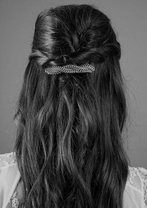 Barrette -bronze vieilli- La barrette Iris sublimera vos coiffure ou habillera des cheveux lachés