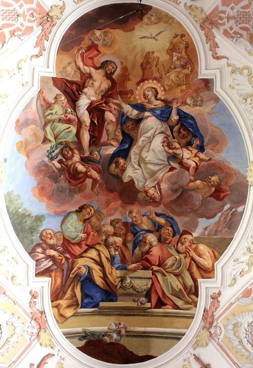 """Mary blir tatt opp til himmelen, englene fryde seg, priste, velsigne de Gud!  I dag er festen for Assumption, den største av alle fester dedikert til Mary.  På denne dagen Kirken feirer den gamle troen på at Maria, 'å ha gjennomført i løpet av sitt jordiske liv, ble antatt kropp og sjel i himmelske herlighet """"."""