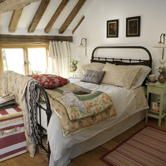Country-style bedroom
