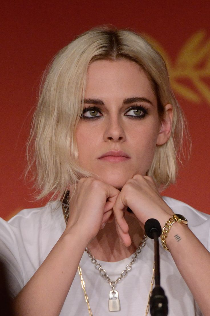 Kristen Stewart in Cannes - Café Society Press Conference