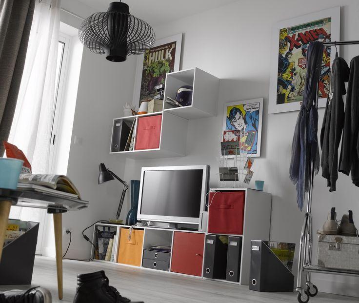 great du rangement dans le salon with peinture pour salon de jardin en plastique leroy merlin. Black Bedroom Furniture Sets. Home Design Ideas