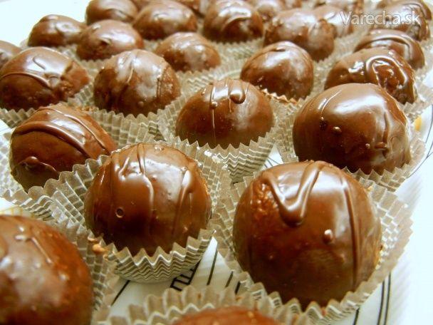 Jednoduché kokosové guľky v čokoláde