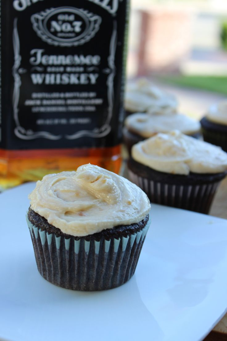 jack daniels cupcakes w/ salted caramel frosting...oh yea jesse would love these