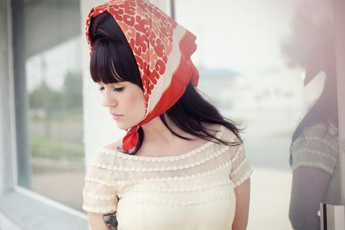 Nice girl.Girls, Sisters, Friends, Bridal Portraits, Style Hair, Dresses, Beautiful Mess, Scarves, Personalized Style