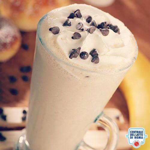 #Frappè al caffè con panna e gocce di cioccolato
