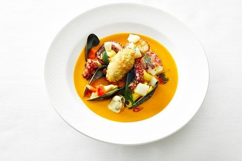 Outlaw's at The Capital 22 Basil Street, Knightsbridge. Michelin-starred seafood. 3 courses & bellini £32 pp. Available lunch Mon-Sat & dinner Mon-Fri until 30th September 2016.