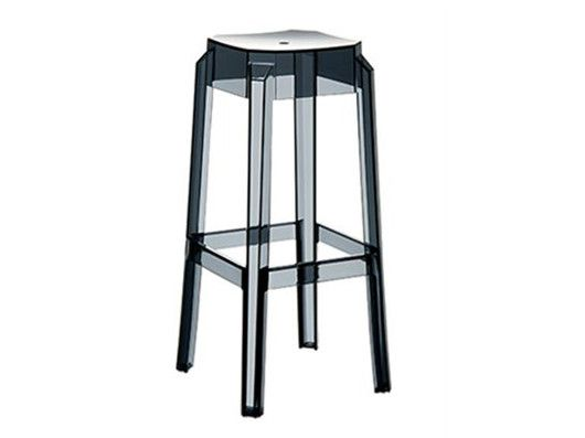 Roxi stool: Scratch resistant, UV resistant, stackable and suitable for indoor and outdoor use!